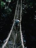 chester-jonathan-trekking-group-crossing-rope-bridge-in-the-new-guinea-highlands-east-sepik-papua-new-guinea